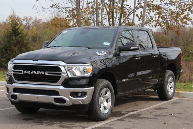 2019 Ram 1500 Crew Cab 4x4,  Pickup #L19D354 - photo 4