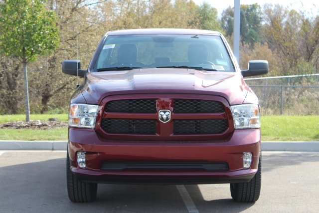 2019 Ram 1500 Quad Cab 4x4,  Pickup #L19D361 - photo 3