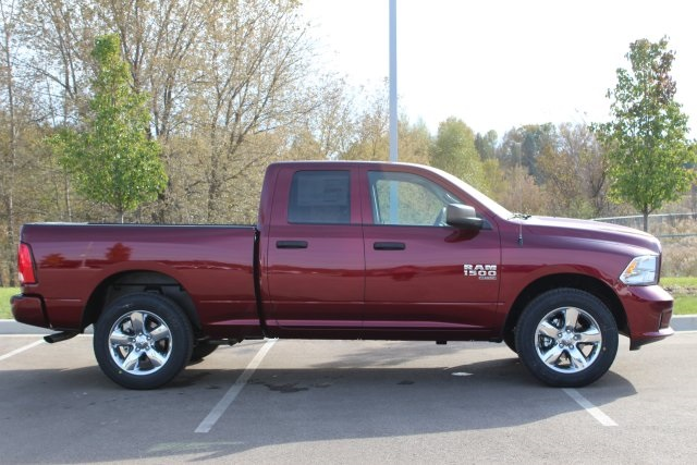 2019 Ram 1500 Quad Cab 4x4,  Pickup #L19D361 - photo 8