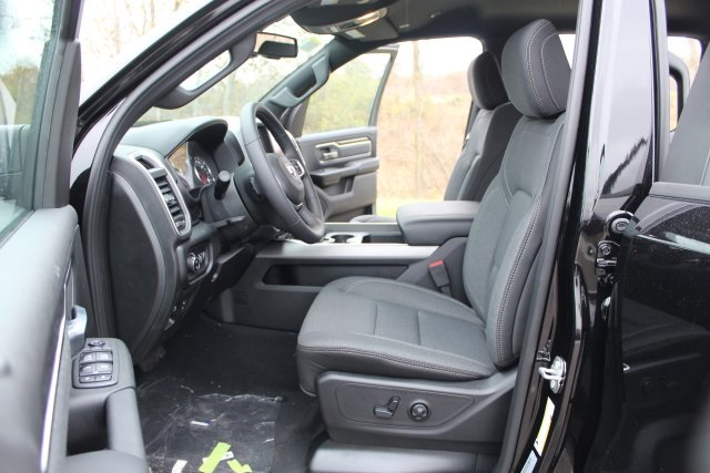 2019 Ram 1500 Crew Cab 4x4,  Pickup #L19D377 - photo 10