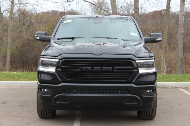 2019 Ram 1500 Crew Cab 4x4,  Pickup #L19D417 - photo 3