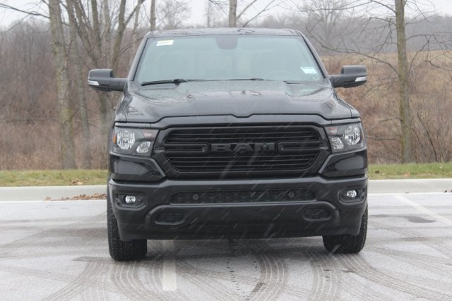 2019 Ram 1500 Crew Cab 4x4,  Pickup #L19D542 - photo 3