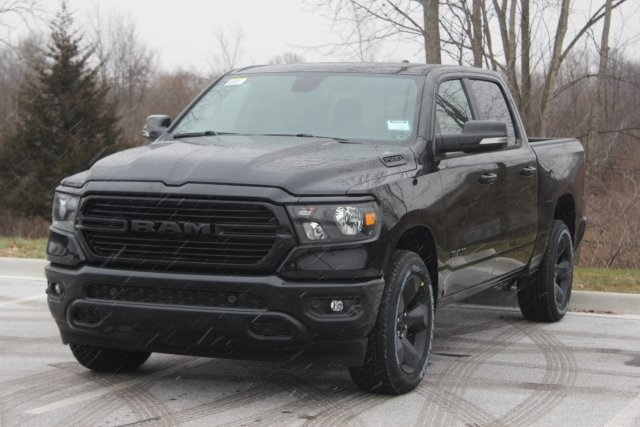 2019 Ram 1500 Crew Cab 4x4,  Pickup #L19D542 - photo 4