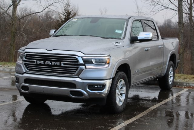 2019 Ram 1500 Crew Cab 4x4,  Pickup #L19D556 - photo 4