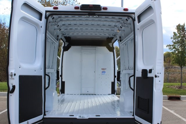 2018 ProMaster 2500 High Roof FWD,  Empty Cargo Van #LD18A091 - photo 2