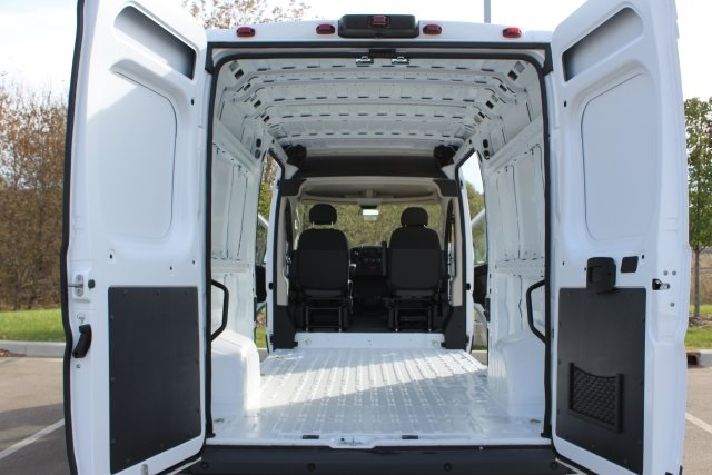 2018 ProMaster 2500 High Roof FWD,  Empty Cargo Van #LD18A092 - photo 2