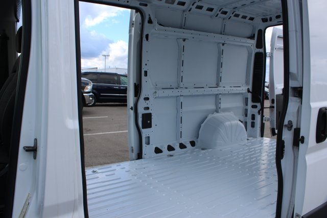 2018 ProMaster 2500 High Roof FWD,  Empty Cargo Van #LD18A093 - photo 13