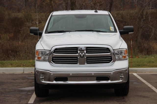 2018 Ram 1500 Crew Cab 4x4, Pickup #LD18D157 - photo 3