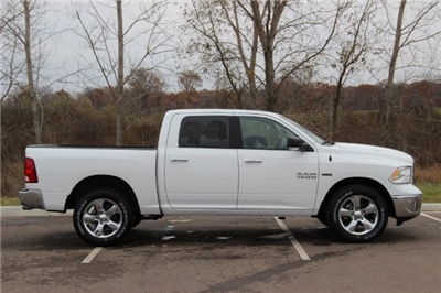 2018 Ram 1500 Crew Cab 4x4, Pickup #LD18D157 - photo 8