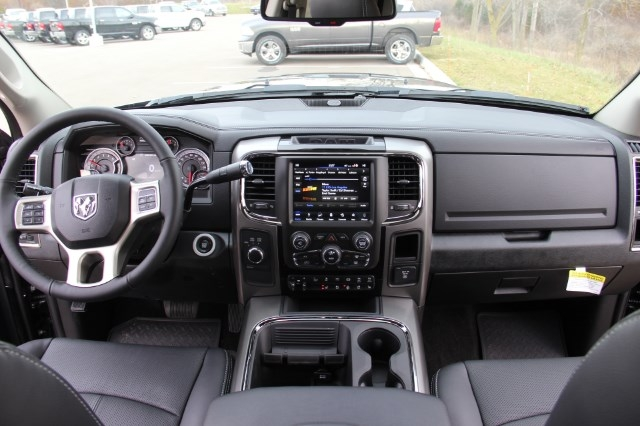 2018 Ram 2500 Crew Cab 4x4 Pickup #LD18D169 - photo 16