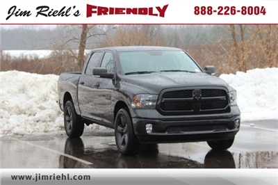 2018 Ram 1500 Crew Cab 4x4, Pickup #LD18D236 - photo 1