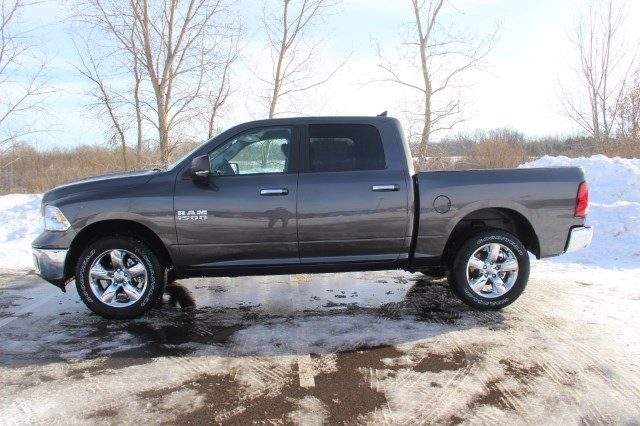 2018 Ram 1500 Crew Cab 4x4, Pickup #LD18D343 - photo 5