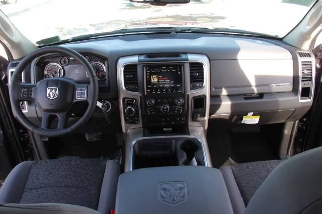 2018 Ram 1500 Crew Cab 4x4, Pickup #LD18D343 - photo 16