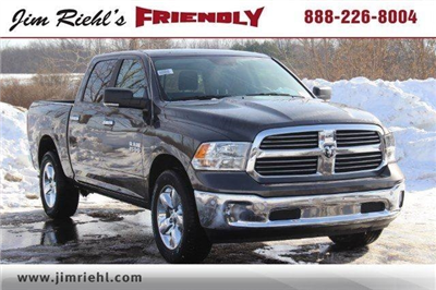 2018 Ram 1500 Crew Cab 4x4, Pickup #LD18D343 - photo 18