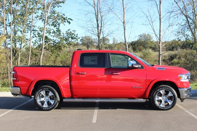 2019 Ram 1500 Crew Cab 4x4,  Pickup #LD18D350 - photo 8