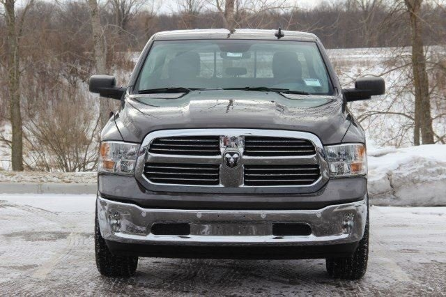 2018 Ram 1500 Crew Cab 4x4, Pickup #LD18D571 - photo 3