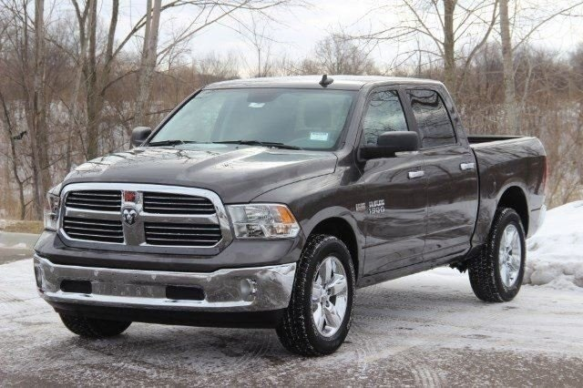 2018 Ram 1500 Crew Cab 4x4, Pickup #LD18D571 - photo 4