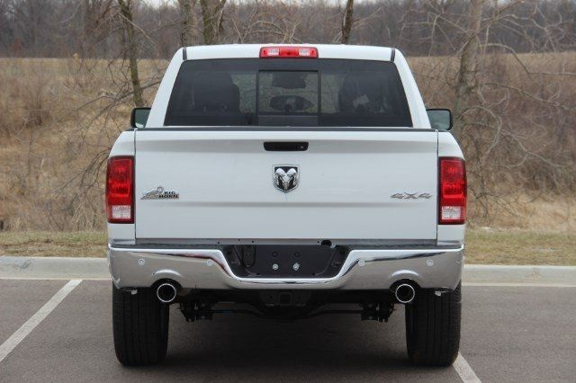 2018 Ram 1500 Crew Cab 4x4, Pickup #LD18D573 - photo 7