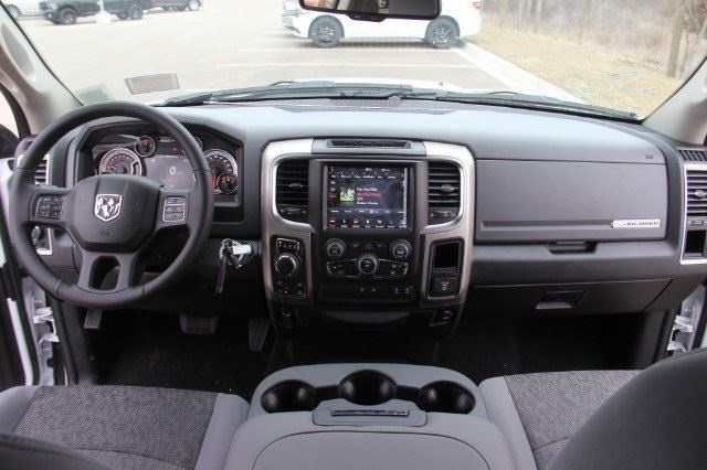 2018 Ram 1500 Crew Cab 4x4, Pickup #LD18D573 - photo 16