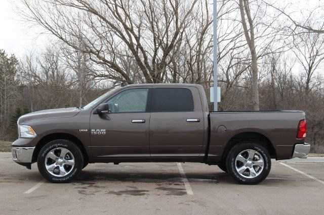 2018 Ram 1500 Crew Cab 4x4, Pickup #LD18D574 - photo 5