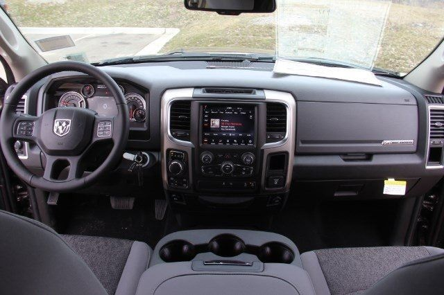 2018 Ram 1500 Crew Cab 4x4, Pickup #LD18D574 - photo 16