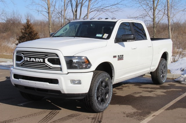 2018 Ram 2500 Crew Cab 4x4, Pickup #LD18D577 - photo 4