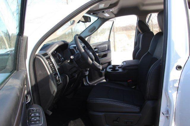 2018 Ram 2500 Crew Cab 4x4, Pickup #LD18D577 - photo 27