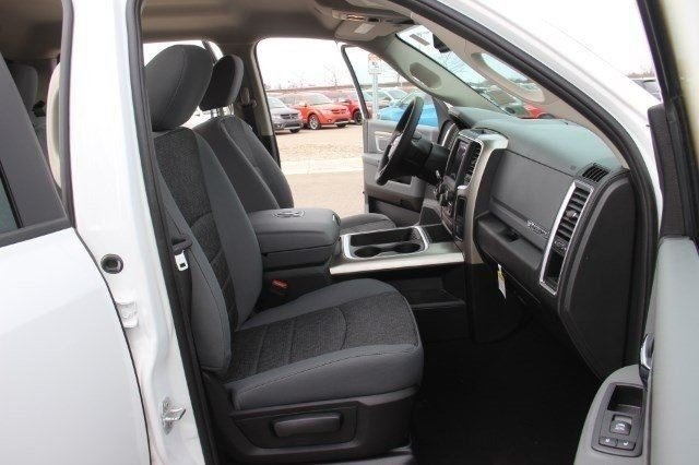 2018 Ram 1500 Crew Cab 4x4, Pickup #LD18D643 - photo 11