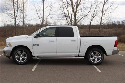 2018 Ram 1500 Crew Cab 4x4, Pickup #LD18D643 - photo 5