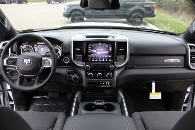 2019 Ram 1500 Crew Cab 4x4,  Pickup #LD19D313 - photo 16