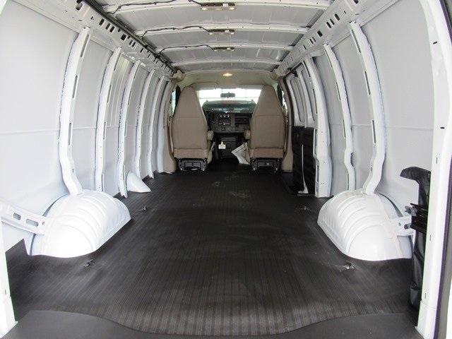2018 Express 3500 4x2,  Empty Cargo Van #182288 - photo 1