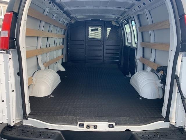 2019 Chevrolet Express 2500 4x2, Empty Cargo Van #668199 - photo 1
