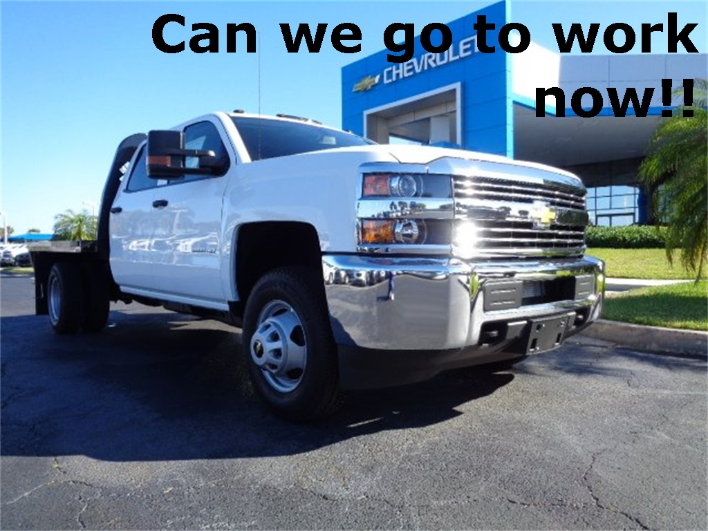 2017 Silverado 3500 Crew Cab 4x4, Platform Body #N7242 - photo 32