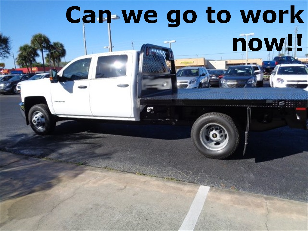 2017 Silverado 3500 Crew Cab 4x4, Platform Body #N7242 - photo 5