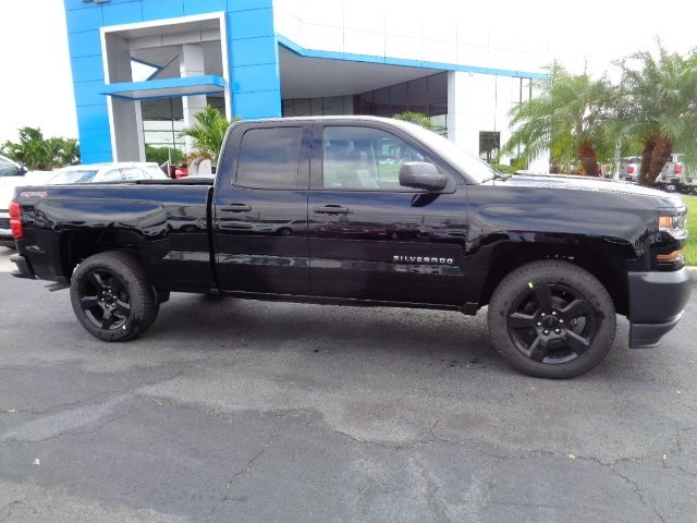 2017 Silverado 1500 Double Cab 4x4 Pickup #N7477 - photo 4