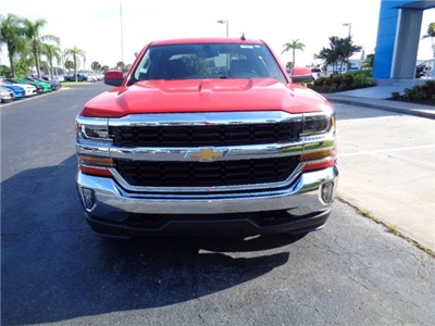2017 Silverado 1500 Crew Cab 4x4 Pickup #N7647 - photo 3