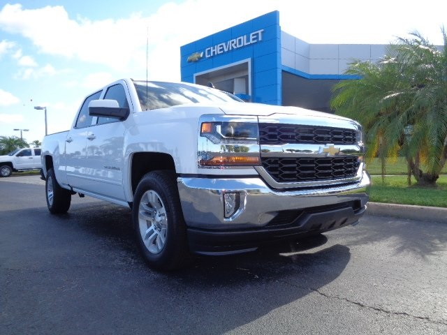 2017 Silverado 1500 Crew Cab Pickup #N7781 - photo 1