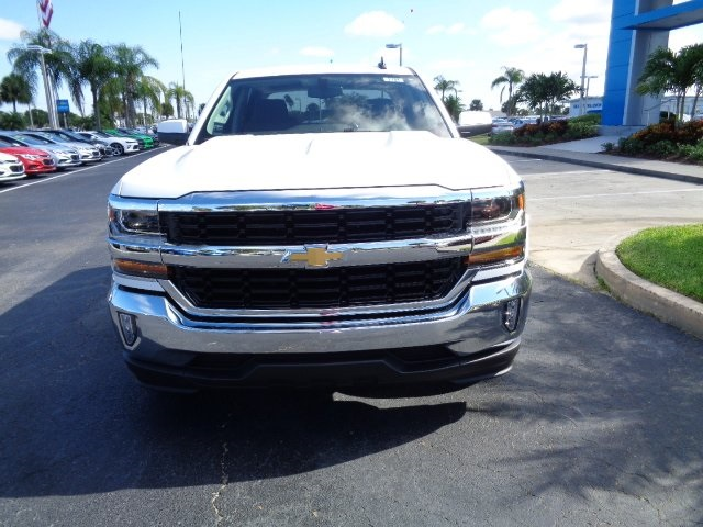 2017 Silverado 1500 Crew Cab Pickup #N7781 - photo 3
