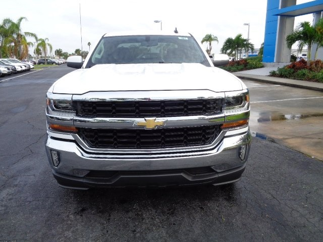 2017 Silverado 1500 Crew Cab, Pickup #N7867 - photo 3