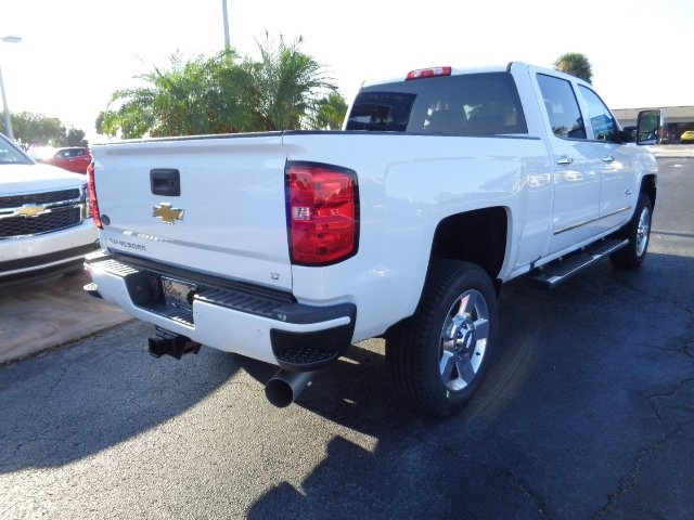 2018 Silverado 2500 Crew Cab 4x4 Pickup #N8103 - photo 2