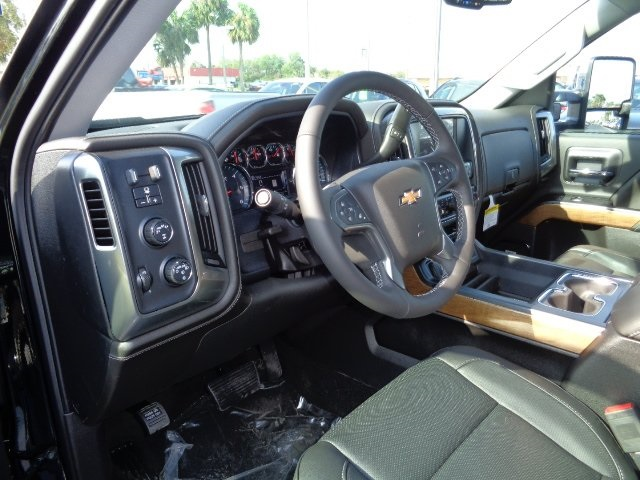 2018 Silverado 1500 Crew Cab 4x4 Pickup #N8114 - photo 16