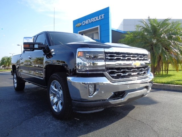 2018 Silverado 1500 Crew Cab 4x4 Pickup #N8114 - photo 1