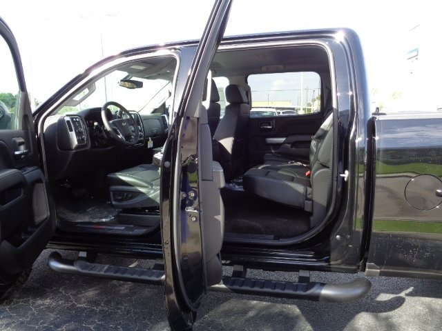 2018 Silverado 2500 Crew Cab 4x4 Pickup #N8118 - photo 13