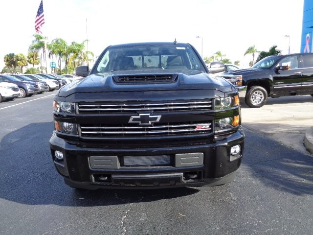 2018 Silverado 2500 Crew Cab 4x4 Pickup #N8118 - photo 3
