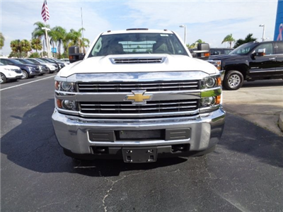 2018 Silverado 3500 Crew Cab DRW 4x4, CM Truck Beds RD Model Platform Body #N8146 - photo 3
