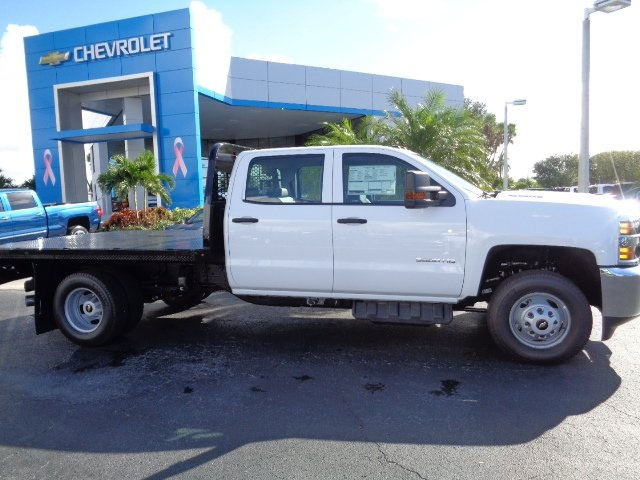 2018 Silverado 3500 Crew Cab DRW 4x4 Platform Body #N8151 - photo 4