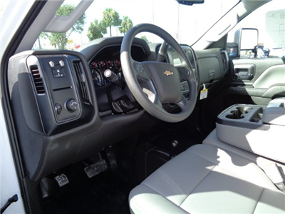 2018 Silverado 3500 Crew Cab DRW 4x4 Platform Body #N8151 - photo 16