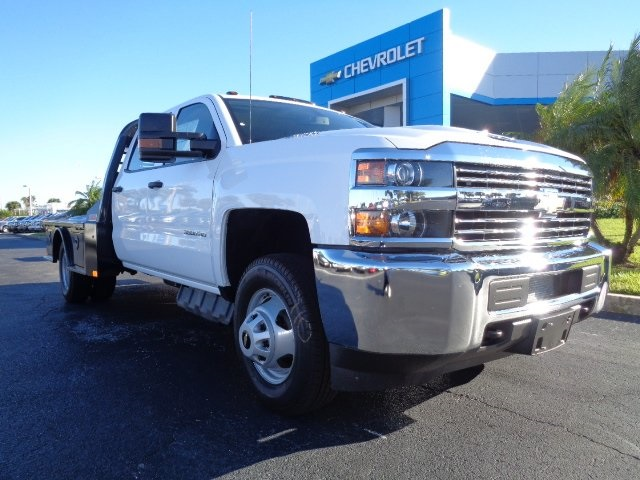 2018 Silverado 3500 Crew Cab DRW 4x4, CM Truck Beds SK Model Platform Body #N8157 - photo 1