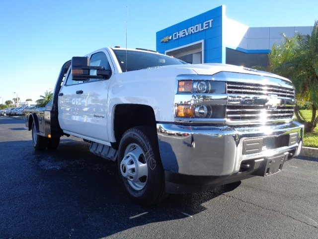 2018 Silverado 3500 Crew Cab DRW 4x4, CM Truck Beds SK Model Platform Body #N8157 - photo 22