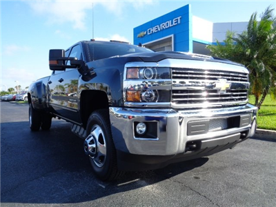 2018 Silverado 3500 Crew Cab 4x4 Pickup #N8183 - photo 1
